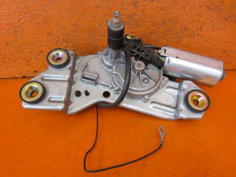 Wischermotor hinten Kombi  0390201552  XS41N17K441FORD FOCUS KOMBI (DNW) 1.4 16V